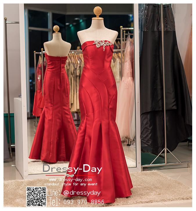 รหัส ชุดไปงานแต่งงาน : PFL026 ชุดราตรียาว สีแดง ผ้าไหม เกาะอกปักคริสตอล กระโปรงหางปลา สวยหรูสง่ามาก ใส่ไปงานแต่งงานกลางคืน งานกาล่าดินเนอร์ ชุดงานเลี้ยง ชุดพิธีกร งานพรอม งานบายเนียร์ งานเดินพรหมแดง ถ่ายพรีเวดดิ้ง