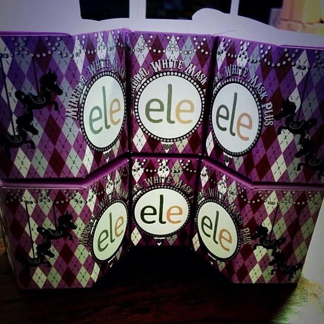 ele Mineral White Mask Plus เอลลี่ ครีมมาส์ค น้ำแร่ถ่านขาว