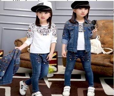 ชุดเซ็ต เสื้อยีนส์แขนยาวหลากสี+เสื้อแขนยาวสีขาว+กางเกงยีนส์
