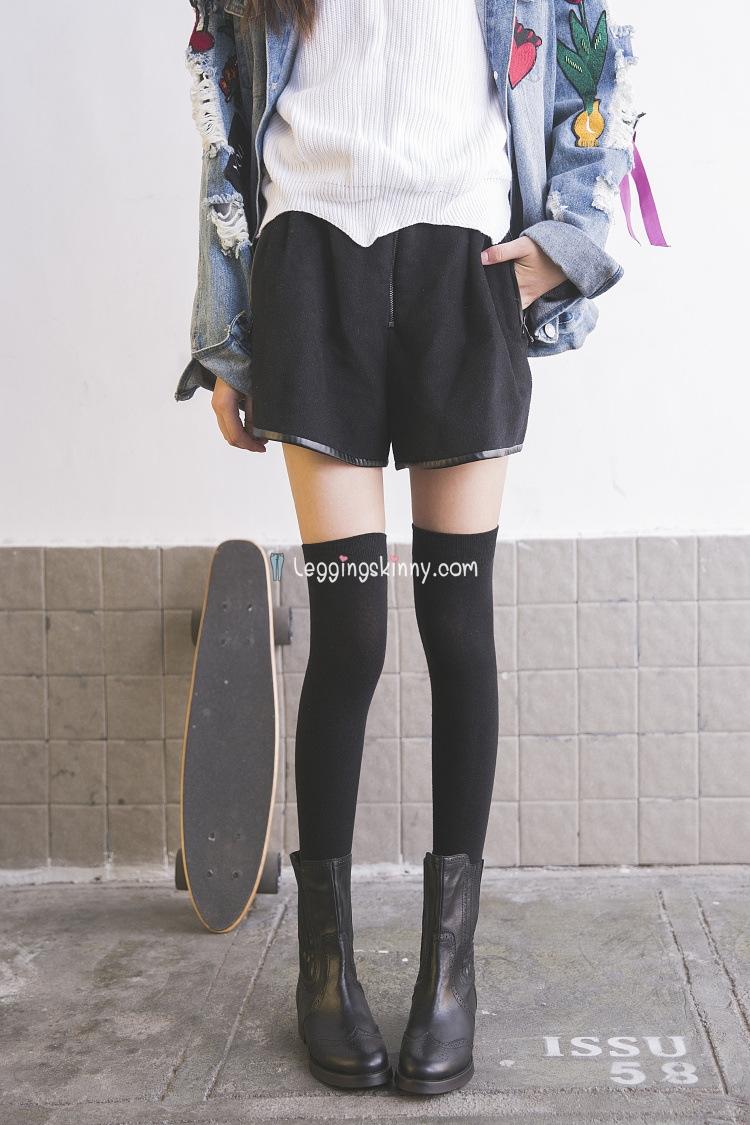 ถุงเท้าญี่ปุ่น แบบยาวเหนือเข่า สีพื้น มี 2 สี