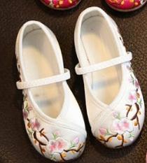 รองเท้าจีนเด็ก สีขาวC