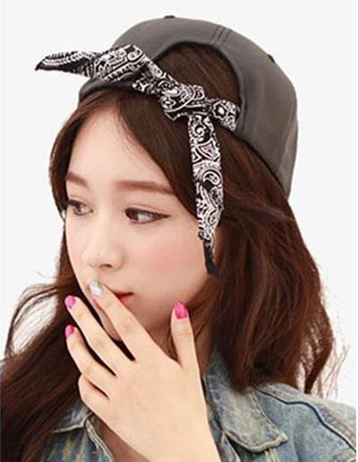 หมวกแฟชั่นแนวฮิปฮอปติดผ้าเอาไว้ผูกโบว์ เพิ่มความหวานสไตล์เกาหลี-H003-สีดำ