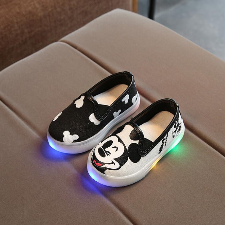 รองเท้าแคนวาส มิ๊กกี้มีไฟ สีขาว-ดำ