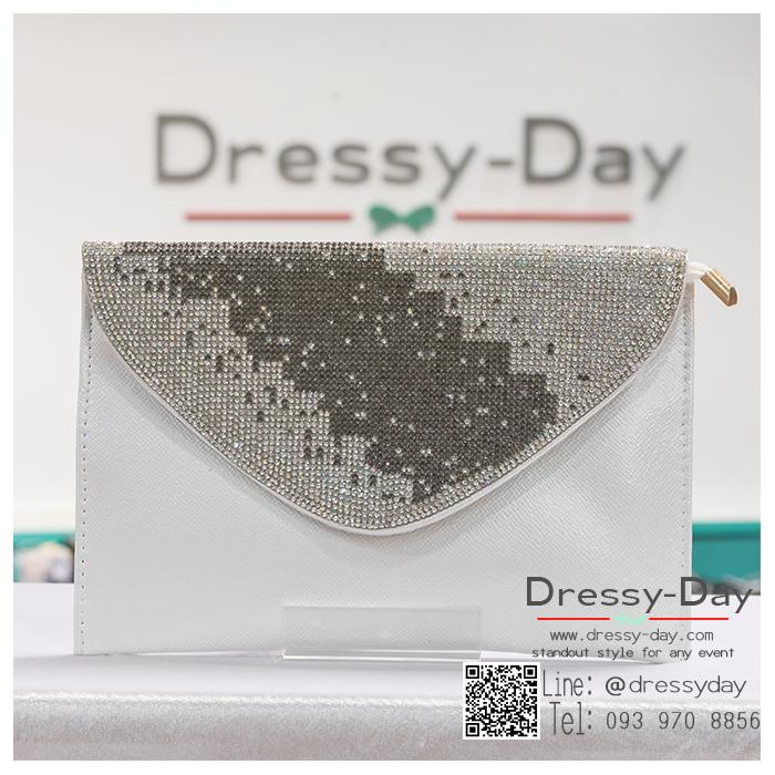 กระเป๋าออกงานพร้อ TE055 : กระเป๋าออกงานพร้อมส่ง สีขาว กระเป๋าคลัชตกแต่งกริตเตอร์สวยหรูมากค่ะ ราคาถูกกว่าห้าง ถือออกงาน หรือ สะพายออกงาน น่ารักที่สุด