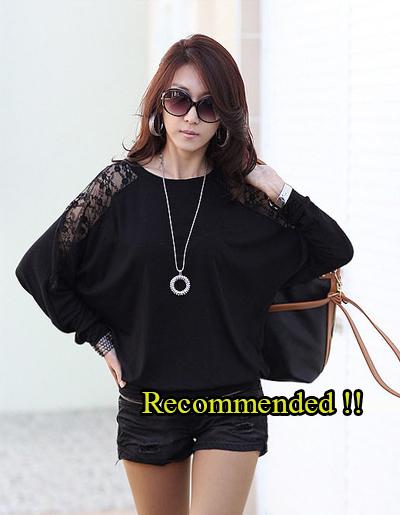 เสื้อยืดทรงค้างคาวแต่งแขนลูกไม้ลายดอก -1203- สีดำ