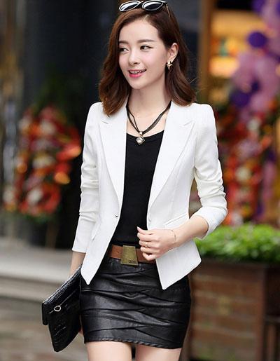 เสื้อสูทผู้หญิงใส่ทำงานแบบเรียบหรู มี 4 ไซส M/L/XL/2XL รหัส 1807-สีขาว
