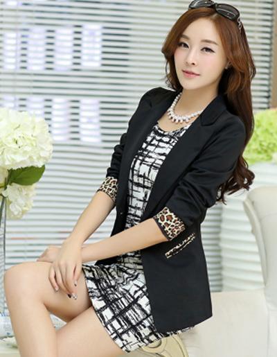 เสื้อสูทแฟชั่นผู้หญิงใส่ทำงาน สไตล์เรียบหรูแต่งลายเสื้อปลายแขนพับโชว์เก๋ๆ-1645-มี 4 ไซส์ S/M/L/XL