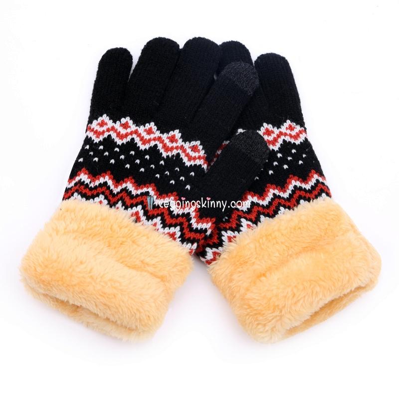 ถุงมือไหมญี่ปุ่น สำหรับทัชสกรีน มี 3 สี