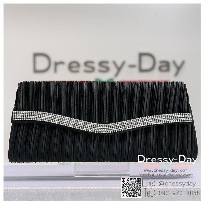 กระเป๋าออกงานพร้อ TE058 : กระเป๋าออกงานพร้อมส่ง สีดำ กระเป๋าคลัชตกแต่งเพชรสวยหรูมากค่ะ ราคาถูกกว่าห้าง ถือออกงาน หรือ สะพายออกงาน น่ารักที่สุด