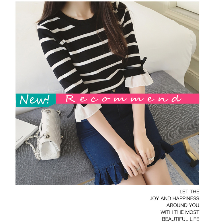 เสื้อยืดแฟชั่นลายริ้วขาวดำ คอกลม แขนสามส่วน ดีเทลแต่งโบว์ที่ปลายแขน ใส่เที่ยว หรือลำลอง สวยหวานน่ารักสไตล์เกาหลี