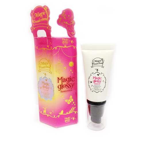 Magic glossy sunscreen SPF 50 PA +++ UVA UVB กันเเดดเวทย์มนต์