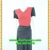 2996เสื้อผ้าคนอ้วน ชุดเดรสคนอ้วนสีแดงลายจดดำคอวีแต่งแขนและกระโปรงดำสไตล์สาวมั่นยุคใหม่