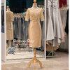 รหัส ชุดราตรี : PFS038 ชุดแซกผ้าลูกไม้งานสวยตกแต่งกริตเตอร์ ชุดราตรีสั้นหรูสีทอง สวย สง่า ดูดีแบบเจ้าหญิง ใส่เป็นชุดไปงานแต่งงาน งานกาล่าดินเนอร์ งานเลี้ยง งานพรอม งานรับกระบี่ มีแขน