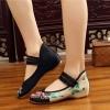 รองเท้าจีนลายดอกไม้ สีดำ-ครีม ไซส์ใหญ่