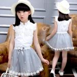 ชุดเด็ก : ชุดเซ็ตเสื้อแขนกุดสีขาว+กระโปรง