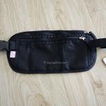 กระเป๋าคาดเอว แบบมี RFID Blocking สีดำ