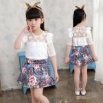 ชุดเด็ก : ชุดเซ็ตเสื้อลูกไม้สีขาว+กระโปรงลายดอก