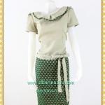 3153เสื้อผ้าคนอ้วนผ้าไทยสีเขียว ชุดคอปกระบายแต่งลายไทย เข้ารูปทรงเอวต่ำผูกโบด้านข้างเก๋ไก๋สไตล์เรียบร้อย