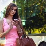 3 สีคอมพลีตลุคสตรีทของแฟชั่นชุดเดรสทำงานด้วยกระเป๋าคู่ใจ