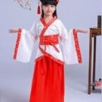 ชุดจีน สีขาวขลิบแดง