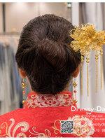 รหัส ปิ่นปักผมจีน : TR051 ขาย ปิ่นปักผมจีน พร้อมส่ง สีทอง เครื่องประดับผมจีน แบบโบราณ เหมาะมากสำหรับใส่ในพิธียกน้ำชา และงานแต่งงานธรรมเนียมจีน