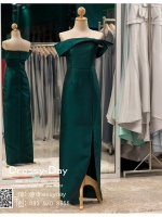 รหัส ชุดราตรียาวคนอ้วน : PK012 ชุดแซก ชุดราตรียาวมีแขน หรู สีเขียว ไหล่ปาด ผ้าไหม เรียบหรู เหมาะสำหรับงานแต่งงาน งานกลางคืน กาล่าดินเนอร์