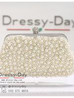 กระเป๋าออกงานพร้อ TE061 : กระเป๋าออกงานพร้อมส่ง สีขาวมุก กระเป๋าคลัชตกแต่งมุขทั้งใบสวยหรูมากค่ะ ใบยาวใส่ไอโฟนได้ ราคาถูกกว่าห้าง ถือออกงาน หรือ สะพายออกงาน น่ารักที่สุด