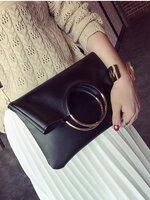 กระเป๋าแฟชั่นทรงเหลี่ยมแต่งที่หิ้วเป็นห่วงทองสวยหรูสไตล์เกาหลี-B027
