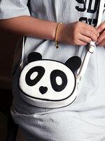 กระเป๋าแฟชั่นสะพายข้าง ลายหน้าหมีแพนด้าสุดน่ารัก-B020