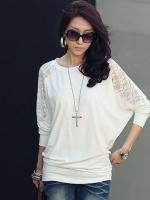 เสื้อยืดทรงค้างคาวแต่งแขนลูกไม้ลายดอก -1203- สีขาว