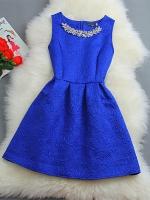 ชุดเดรสออกงาน แถมสร้อยคอแบบสวยหรูด้วยลวดลายในผ้า-1300-สีน้ำเงิน