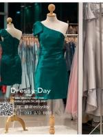 รหัส ชุดราตรีสั้น :PF140 ชุดราตรีสั้นผ้าซาติน เดรสออกงานไหล่เฉียง ชุดไปงานแต่งงานสีเขียว ชุดแซกงานสวยมาก แบบประดับโบว์เพิ่มความน่ารักคะ