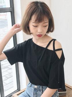 เสื้อครอปแฟชั่นดีไซน์เก๋ แต่งสายคาดไขว้แนวสาวเท่ห์ปนเซ็กซี่สไตล์เกาหลี รหัส 1600-สีดำ