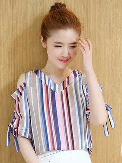 เสื้อแฟชั่นผู้หญิง คอวีลายตรงหลากสีแต่งสายผูกโบว์ โชว์ไหล่น่ารักสไตล์เกาหลี รหัส 1814