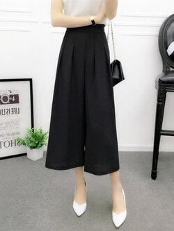 กางเกงแฟชั่น 5 ส่วนเอวยางยืดขาบานพริ้วสวยหวานสไตล์เกาหลี รหัส 1657-สีดำ
