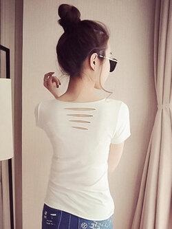 เสื้อยืดแฟชั่นแขนสั้น ไม่เย็บขอบ ดีเทลแต่งขาดๆ รหัส 1511-สีขาว