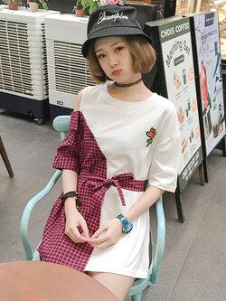 เสื้อแฟชั่นคอกลมแขนสั้น เปิดไหล่ปักกุหลายแดงสวยเก๋สไตล์เกาหลี รหัส 1619-สีแดง