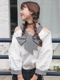 เสื้อแฟชั่นแขนยาวแต่งคอมีโบว์ผูก โชว์ไหล่ น่ารักสไตล์เกาหลี รหัส 1627