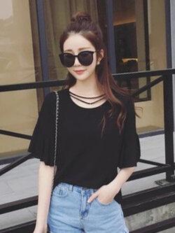 เสื้อยืดแฟชั่น ดีไซน์แต่งสายคล้องคอ 2 เส้นคู่ สวย เก๋ สไตล์เกาหลี -1553 -สีดำ