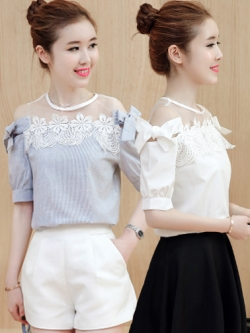 เสื้อแฟชั่นผู้หญิงแต่งไหล่ซีทรูต่อสายผูกโบว์สวยๆ สไตล์เกาหลี มี 2 สี รหัส 1815