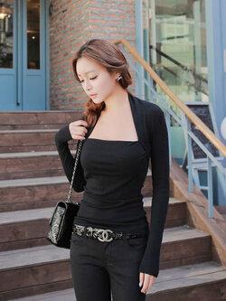 เสื้อยืดแฟชั่นสีดำคอกว้างแขนยาวแบบเรียบหรู รหัส 1791
