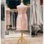 รหัส ชุดราตรีคนอ้วน :PFS028 ชุดแซกผ้าลูกไม้งานสวยตกแต่งลูกไม้กริตเตอร์ ชุดราตรีสั้นคนอ้วนหรูสีชมพู สวย สง่า ดูดีแบบเจ้าหญิง ใส่เป็นชุดไปงานแต่งงาน งานกาล่าดินเนอร์ งานเลี้ยง งานพรอม งานรับกระบี่ thumbnail 2