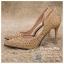 รหัส รองเท้าไปงาน : RR004 รองเท้าเจ้าสาวสีทอง พร้อมส่ง ตกแต่งกริตเตอร์ สวยสง่าดูดีแบบเจ้าหญิง ใส่เป็นรองเท้าคู่กับชุดเจ้าสาว ชุดแต่งงาน ชุดงานหมั้น หรือ ใส่เป็นรองเท้าออกงาน กลางวัน กลางคืน สวยสง่าดูดีมากคะ ราคาถูกกว่าห้างเยอะ thumbnail 2