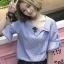 เสื้อแฟชั่นคอปกเฉียงแขนผูกโบว์ปักดอกกุหลาบสีแดงสุดน่ารักสไตล์เกาหลี-1626-สีน้ำเงิน thumbnail 1