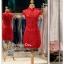 รหัส ชุดกี่เพ้า :KPS048 ชุดกี่เพ้าพร้อมส่ง มีชุดกี่เพ้าคนอ้วน แบบสั้น สีแดง คัตติ้งเป๊ะมาก ใส่ออกงาน ไปงานแต่งงาน ใส่เป็นชุดพิธีกร ชุดเพื่อนเจ้าสาว ชุดถ่ายพรีเวดดิ้ง ชุดยกน้ำชา หรือ ใส่ ชุดกี่เพ้าแต่งงาน สวยมากๆ ค่ะ thumbnail 1
