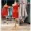 รหัส ชุดราตรีสั้น :PF140 ชุดราตรีสั้นผ้าซาติน เดรสออกงานไหลเฉียง ชุดไปงานแต่งงานสีแดง ชุดแซกงานสวยมาก แบบประดับโบว์เพิ่มความน่ารัก thumbnail 2
