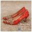รหัส รองเท้าไปงาน : RR001 รองเท้าเจ้าสาว พร้อมส่ง ตกแต่งคริสตัลสวยๆ สีแดง ปักดิ้นทอง สวย สง่า ดูดีแบบเจ้าหญิง ใส่เป็นรองเท้าคู่กับชุดกี่เพ้า ชุดยกน้ำชา ชุดงานหมั้น หรือ ใส่ออกงาน กลางวัน กลางคืน สวยสง่าดูดีมากคะ ราคาถูกกว่าห้างเยอะ thumbnail 2