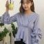 เสื้อแฟชั่นคอวีสไตล์เกาหลี แต่งแขนจับจีบพองน่ารักๆ รหัส 1730 thumbnail 1