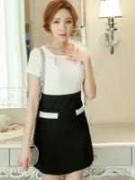 ชุดเดรสแฟชั่น คอกลมเสื้อขาวต่อกระโปรงดำ