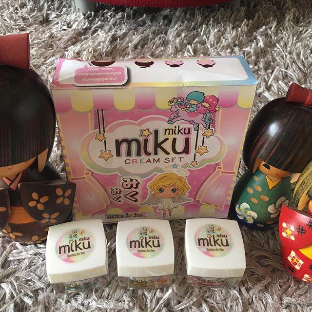 miku miku Cream Set มิขุ มิขุ ครีม เซท สิวหาย ฝ้า กระ กระจุย